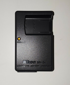 Nikon MH-64 Battery Charger (BRAND NEW!)