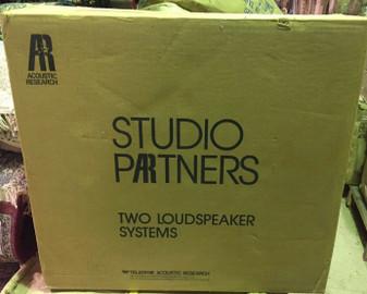 ACOUSTIC RESEARCH Studio Partner model AV-8 Powered Loudspeaker Monitor Speakers