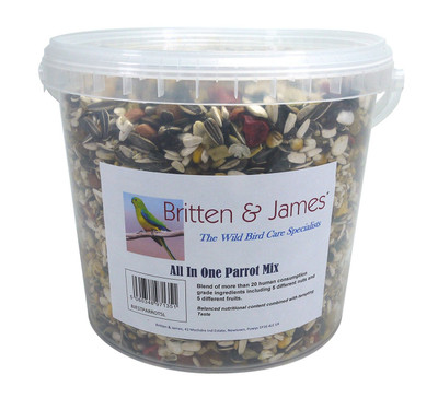 Best All In One Parrot Mix. 5 litre stay fresh tub.