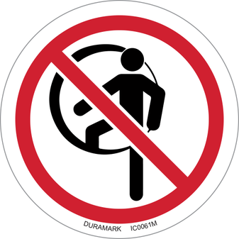 ISO safety label - Circle - Prohibited - Confined Space - Do Not Enter