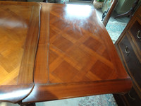 French Draw Leaf / Extendable Dining Table