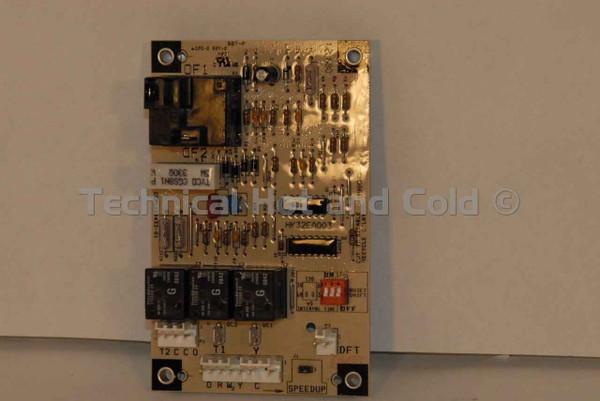 Carrier HK32EA003 Defrost Control Board