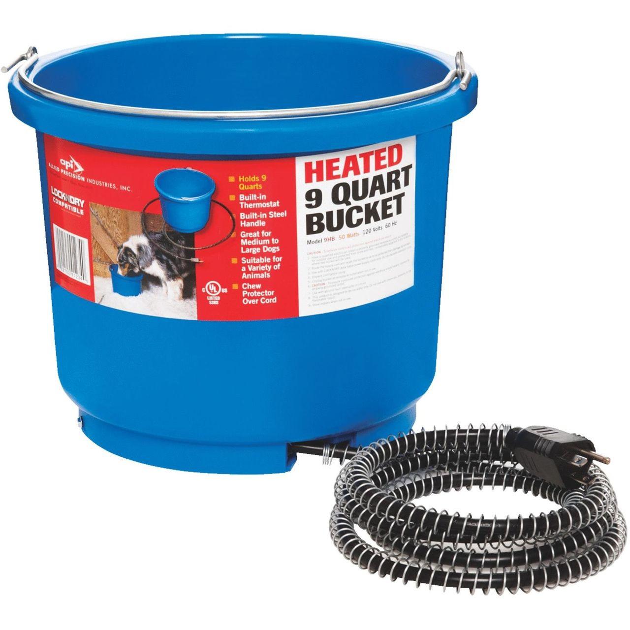 API Miller Plastic Heated 9 Quart Bucket Lock n dry Quit Breaking Ice!!