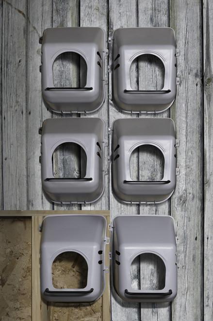 Miller Little Giant Single Hole Plastic Hen Nesting Box