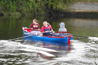 17' Mandarin Rowing Skiff
