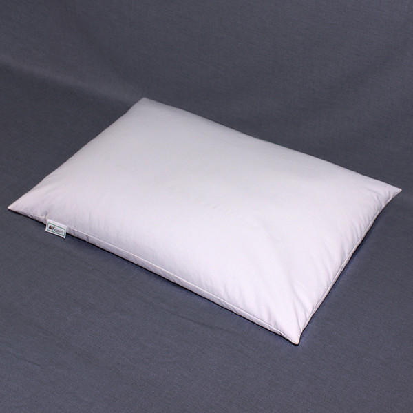 "The 16 x 22"" Medium pillow is our most popular size.  The recommended fill amount is 5.5 pounds."
