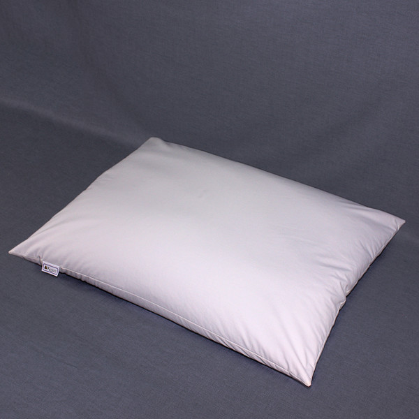 The 20 x 26 buckwheat hull pillow is the standard pillow size in North America. The recommended fill amount is10 to 12 pounds of hulls.