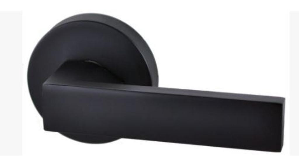 lonsdale dummy round black