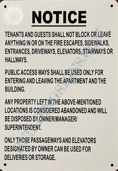 Sign NO STOARGE in Hallway