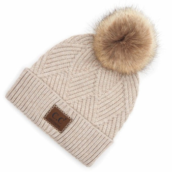 CC Beanies hat with pompom faux fur