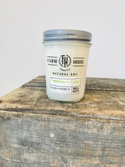 Farmhouse Candle Company Treemoss + Cedar