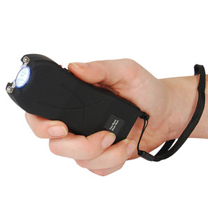 Rechargeable Runt 20,000,000 voltstun gun withflashlight and wrist strap disable pin Black RUNT-BLACK