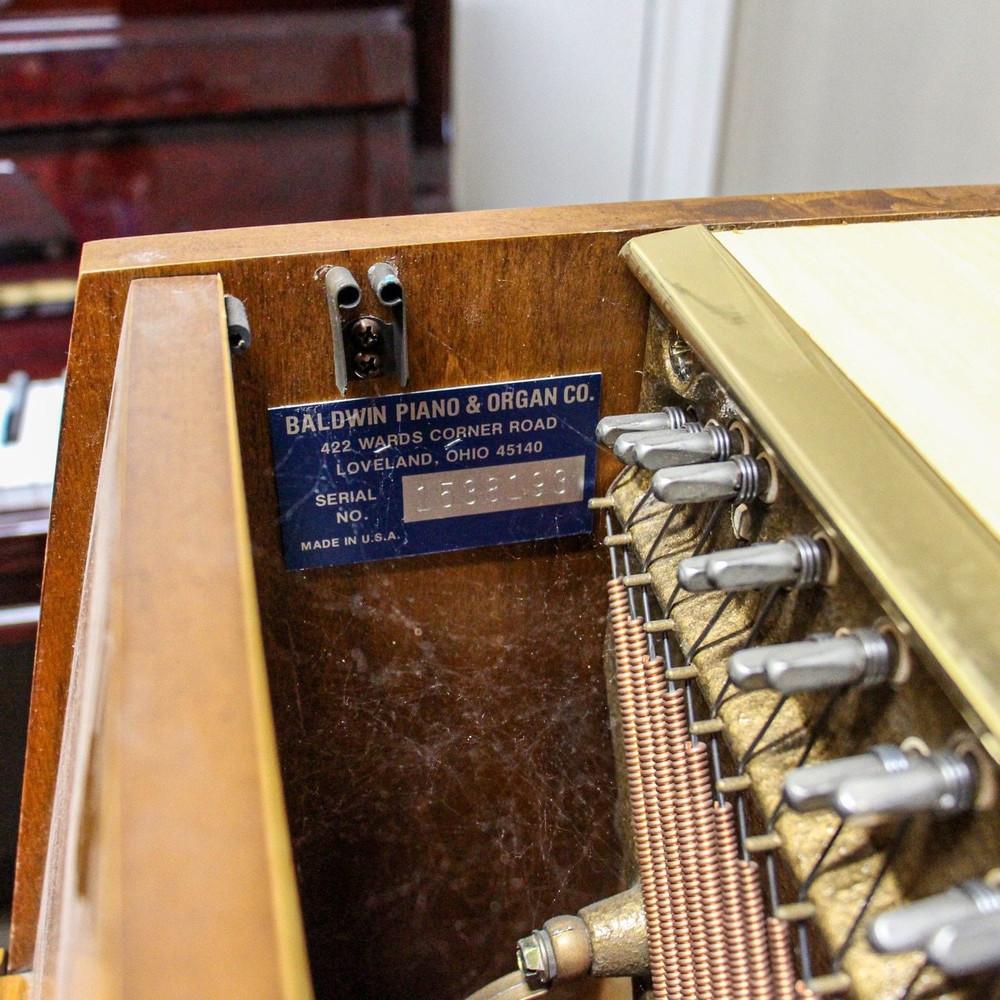 Baldwin Baldwin 665 Oak Upright Console Piano