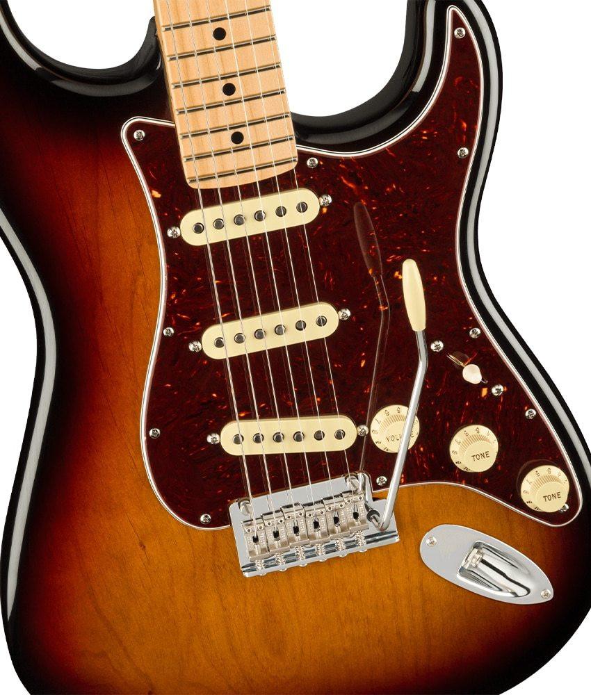 Fender Fender American Professional II Stratocaster, Maple Fingerboard, 3-Color Sunburst