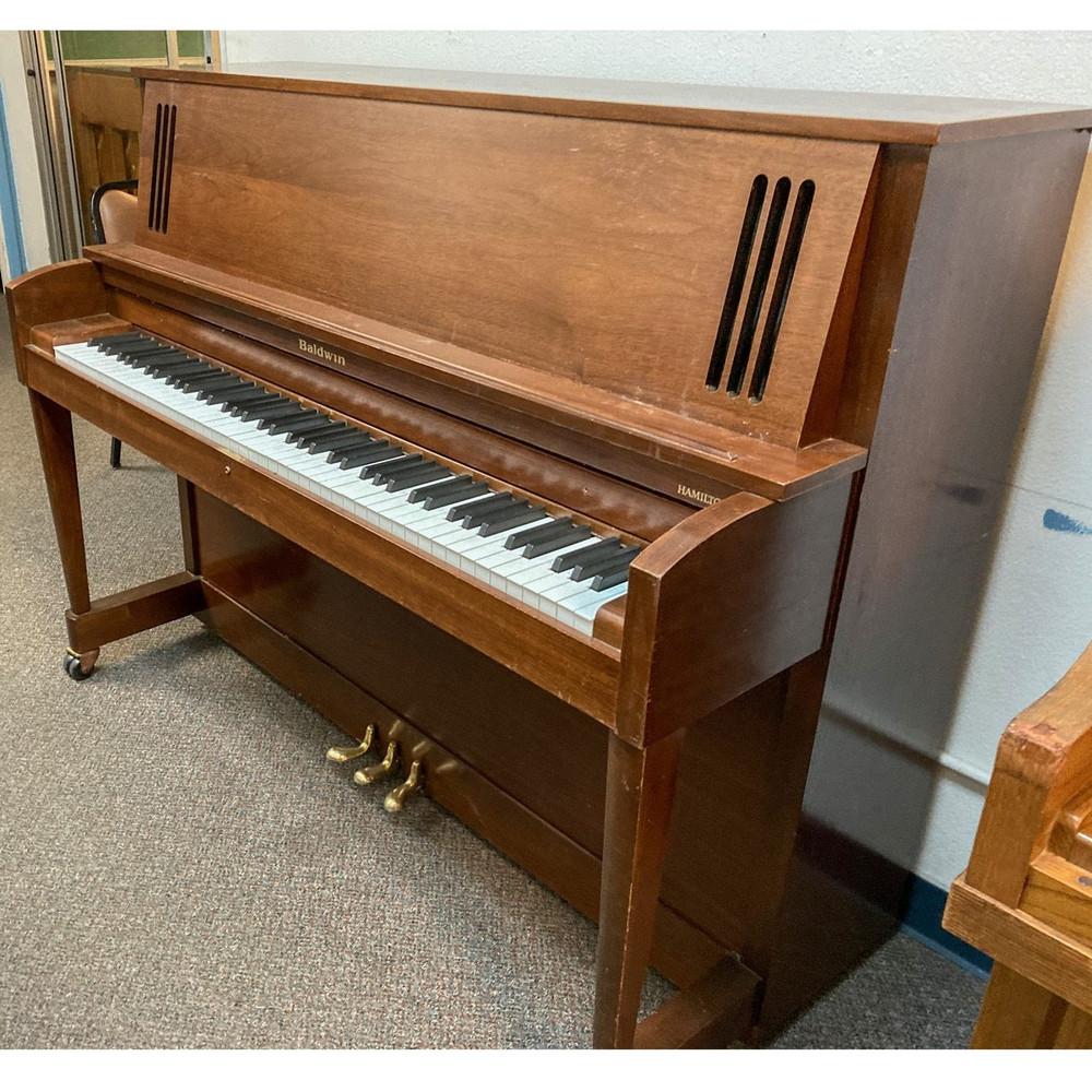 Baldwin Baldwin 243 Walnut Studio Piano