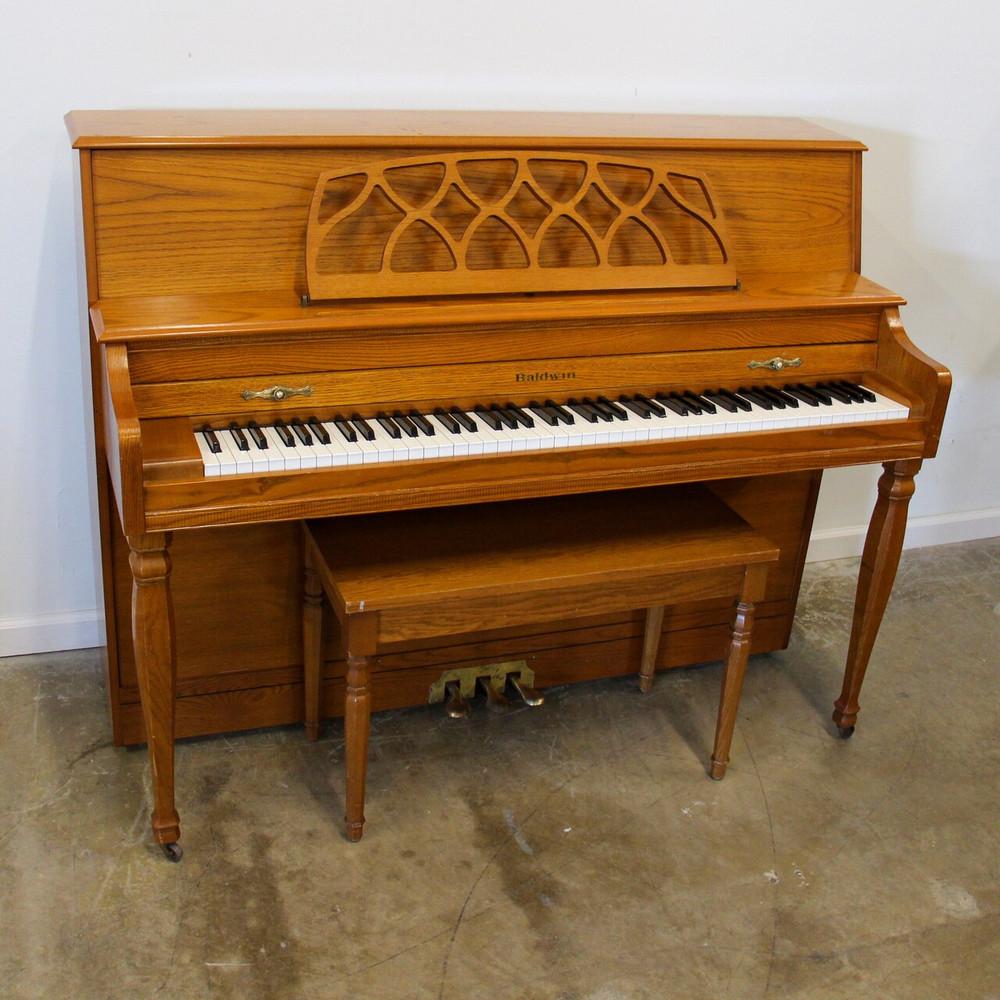 Baldwin Baldwin 665 Oak Console Piano with bench