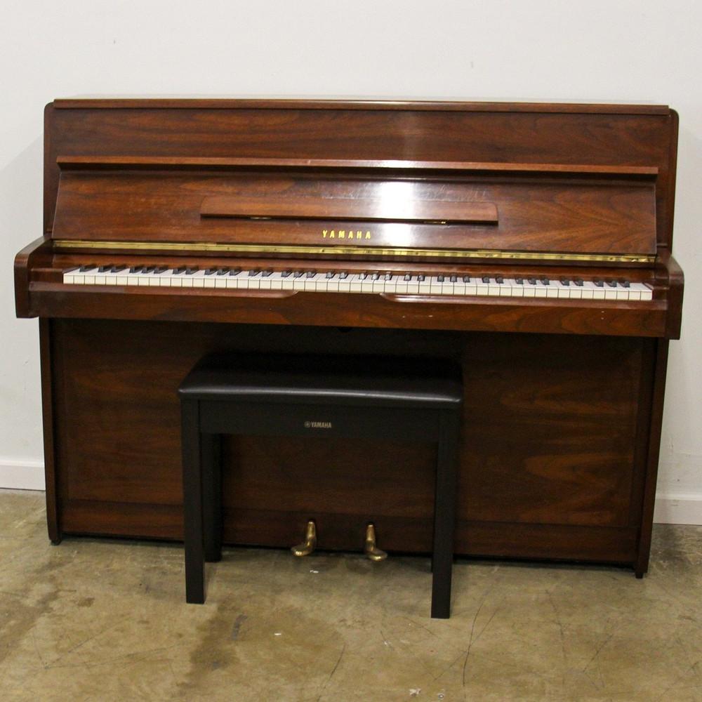 Yamaha 1978 Yamaha M1 Dark Walnut Continental Console Piano