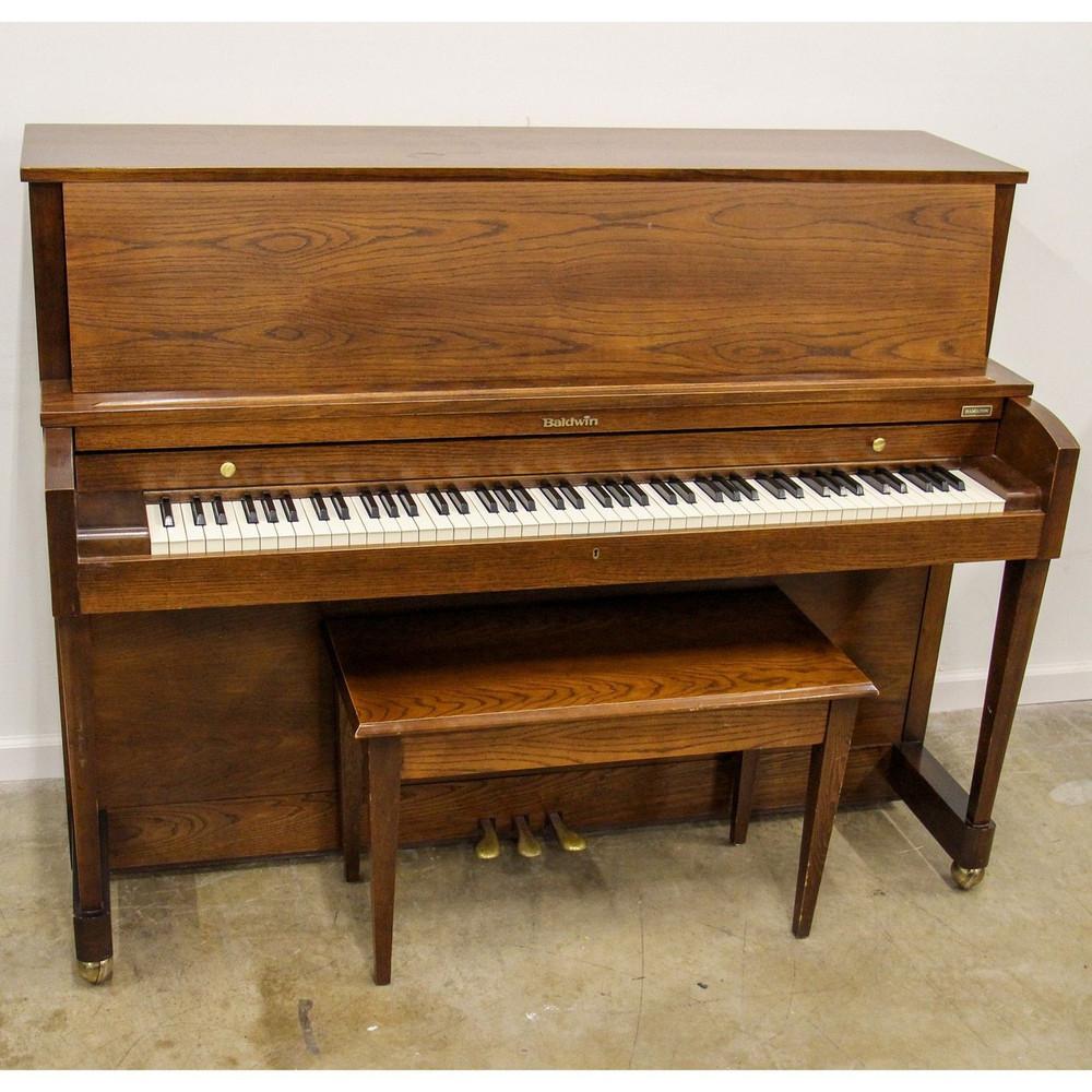 Baldwin Baldwin Walnut Studio Piano or 327269