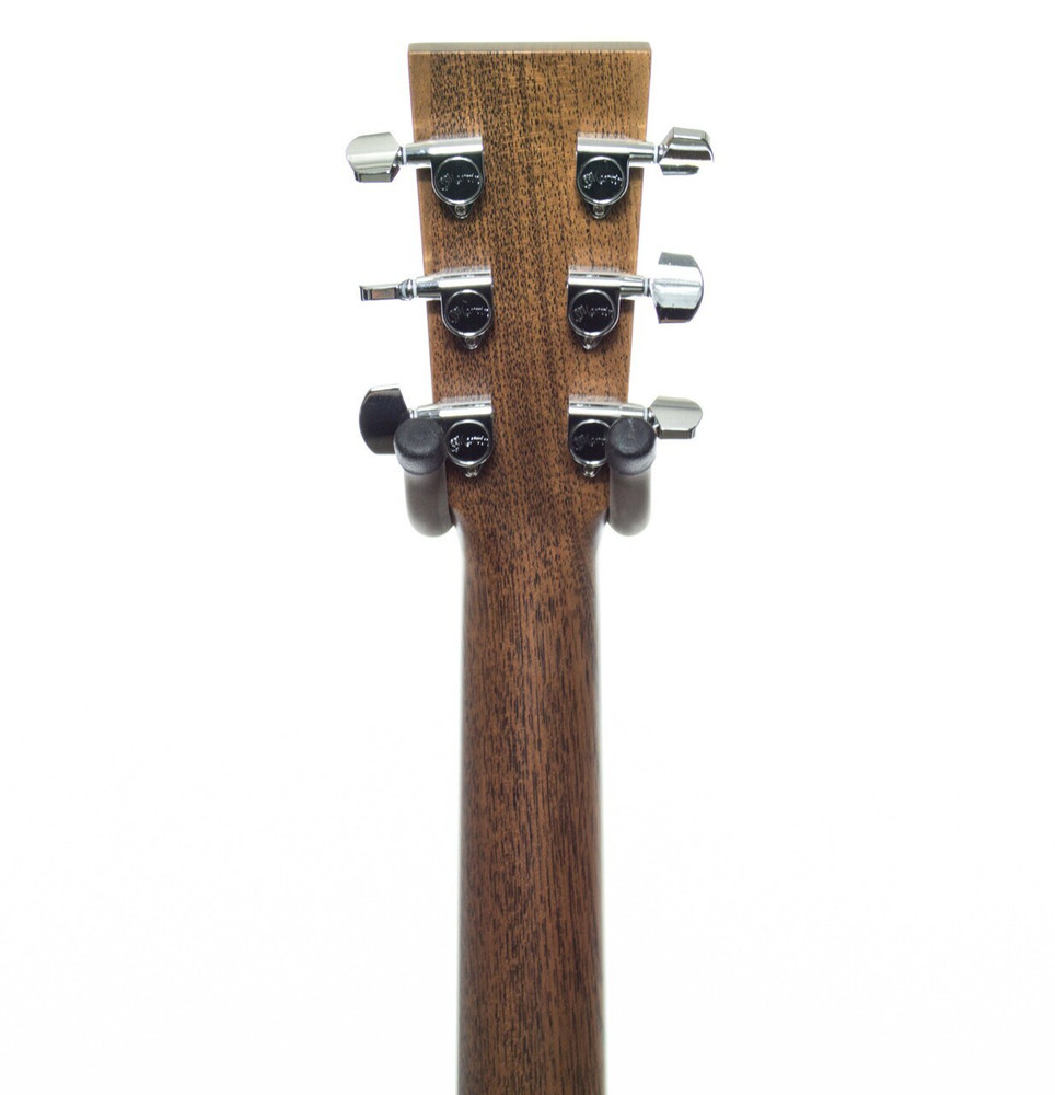 Martin Martin Performing Artist Series DCPA4R Cutaway Dreadnought Acoustic-Electric Guitar Natural