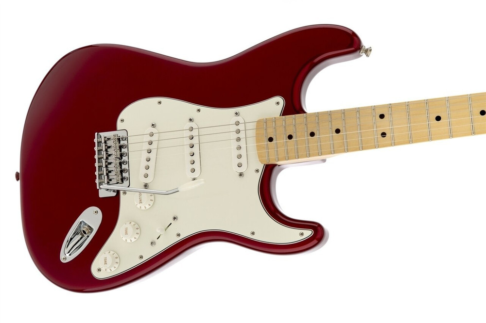 Fender Fender Standard Stratocaster Candy Apple Red Maple Fretboard