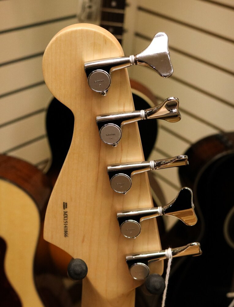 Fender Fender Deluxe Active Jazz Bass V Black