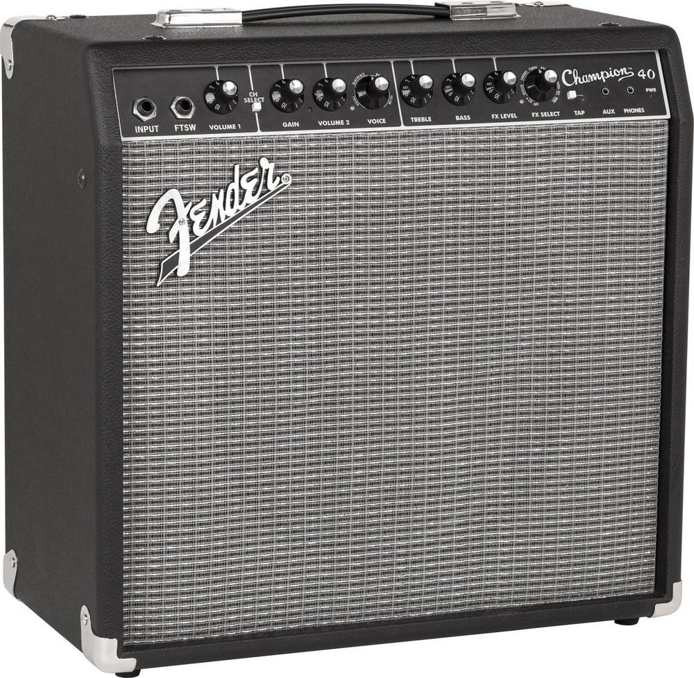 Fender Fender Champion 40 Guitar Amplifier with 12 Speaker