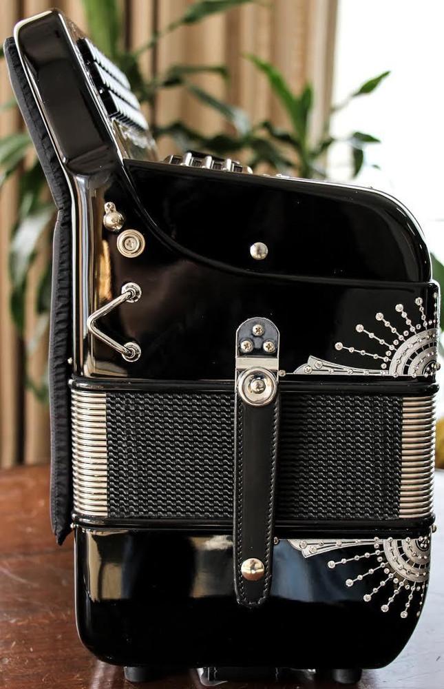 Hohner Hohner Anacleto Rey Del Norte Black and SilverSpurs Anacleto