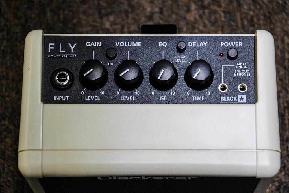 Blackstar Limited Edition Blackstar Fly3 Cream 3-Watt Amp with Effects
