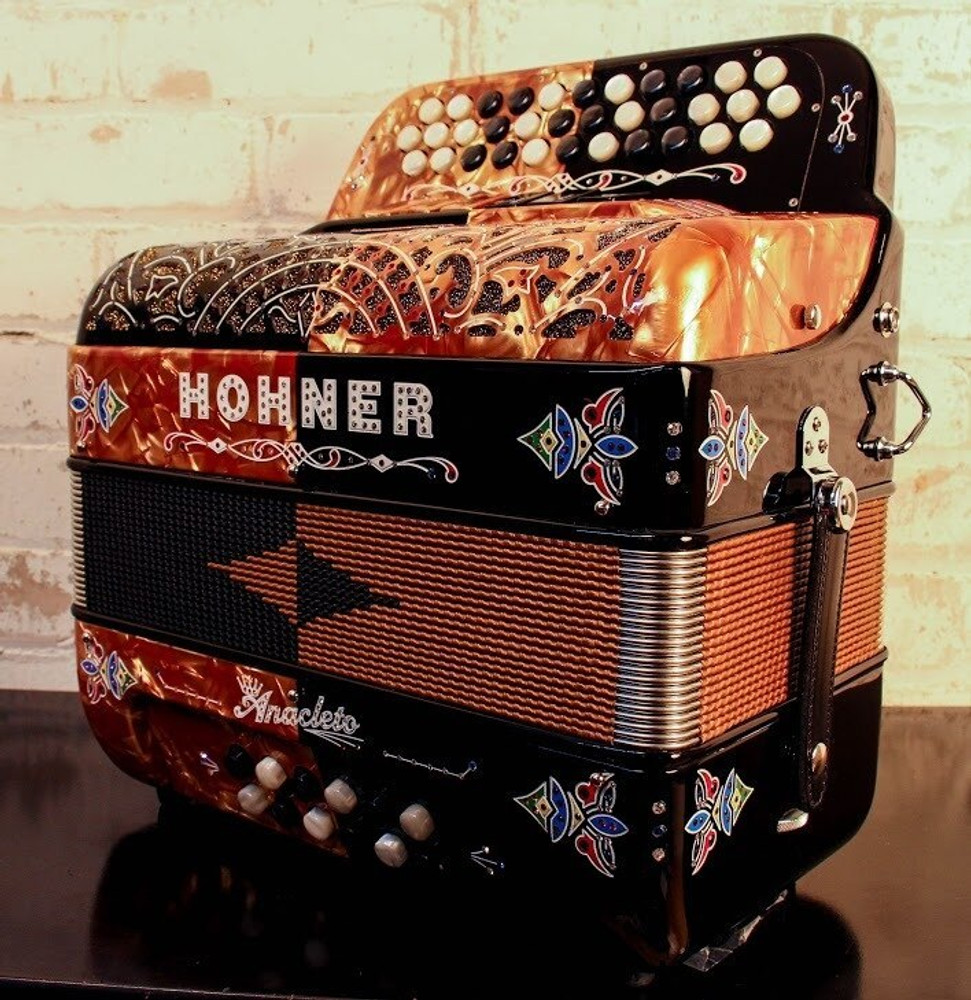 Hohner Hohner Anacleto Rey Del Norte Black and Gold