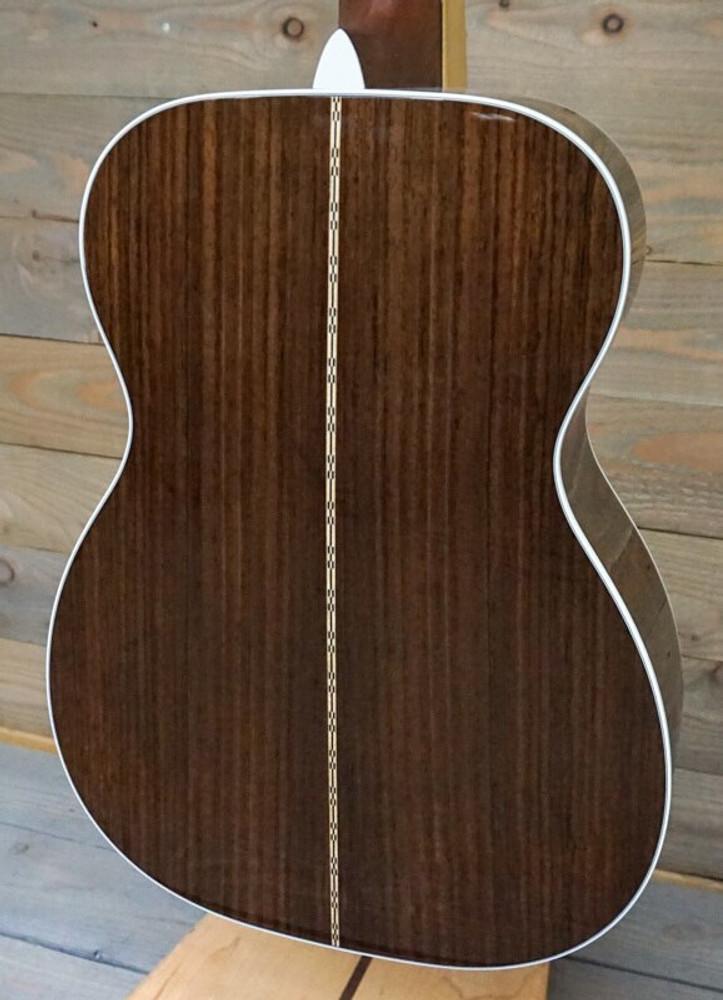 Martin Martin 00-28 Standard Series 00-Sized Acoustic Guitar
