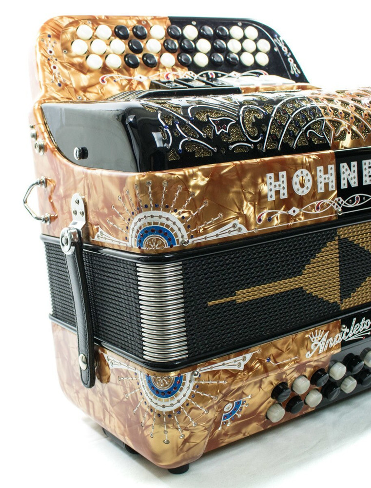 Hohner USED Hohner Rey Del Norte G/E Compact Black and Gold Anacleto Accordion