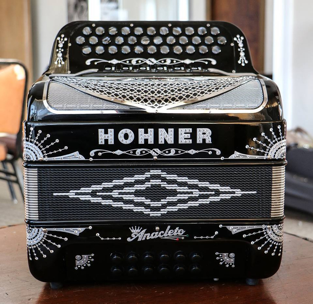 Hohner Rey Del Norte G/E Compact Black and Silver Anacleto Accordion