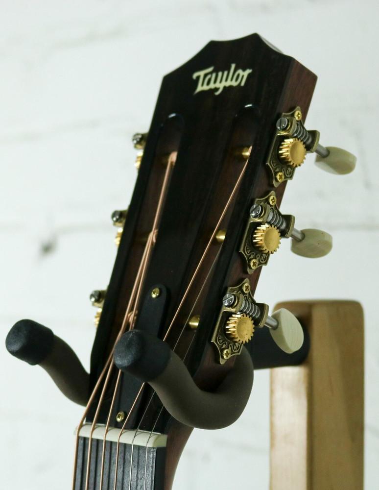 Taylor Guitars Taylor 510e Acoustic-Electric Guitar
