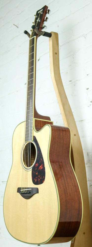 Yamaha Guitars Yamaha FGX820C Cutaway Dreadnought Acoustic-Electric Guitar