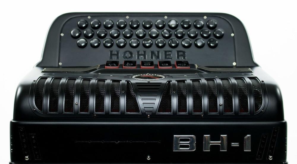 Hohner Hohner Anacleto BH1SFBE Blackhawk Accordion FBbEb