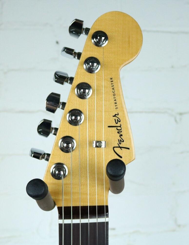 Fender Fender 2016 Limited Edition American Elite Stratocaster 2-Color Sunburst