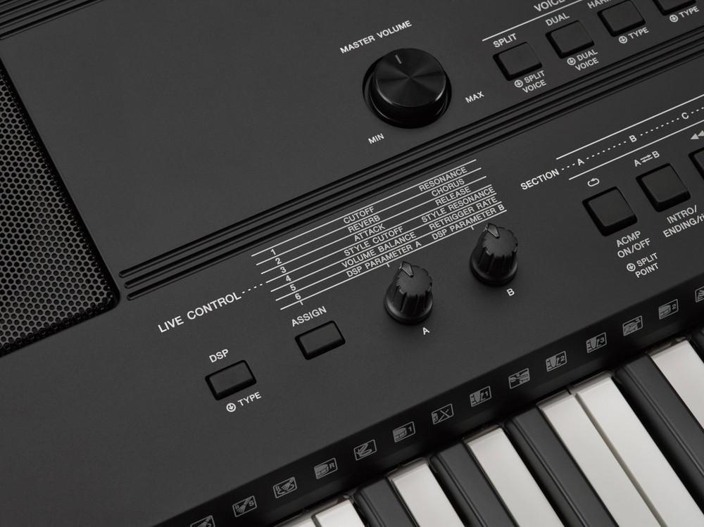 Yamaha Yamaha PSR-EW400 76-Key High-Level Portable Keyboard