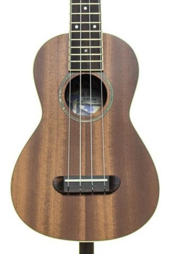 Fender Fender MinoAka Concert Ukulele Mahogany Top Satin