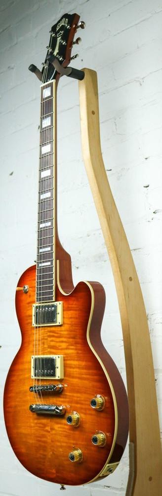 Guild Guild Newark St Collection Bluesbird Electric Guitar Iced Tea Sunburst DEMO