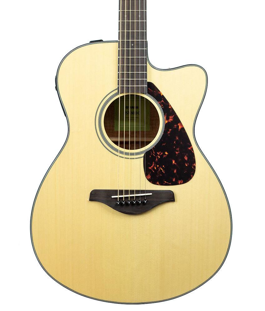 Yamaha Guitars Yamaha FSX800C Small Body Acoustic-Electric Guitar Natural