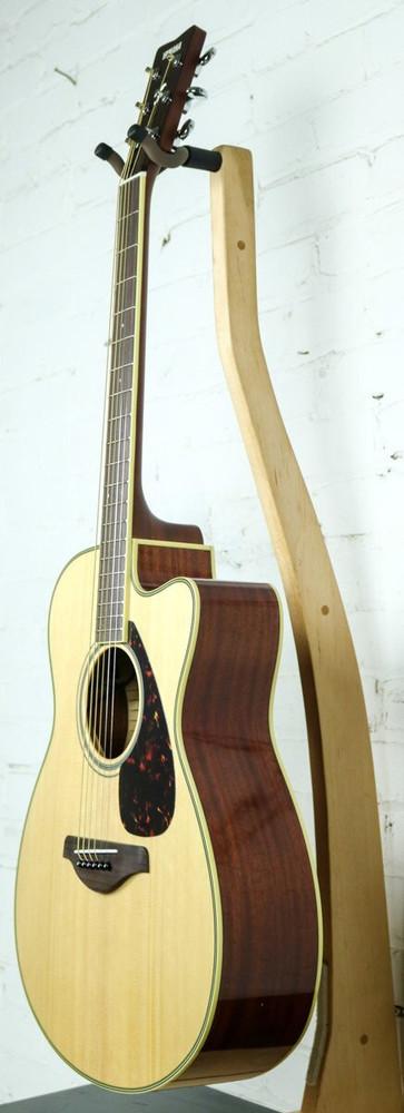 Yamaha Guitars Yamaha FSX820C Cutaway Acoustic-Electric Guitar