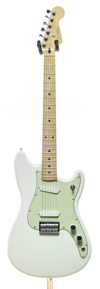 Fender Mint - Fender Offset Series Duo-Sonic Electric Guitar Aged White