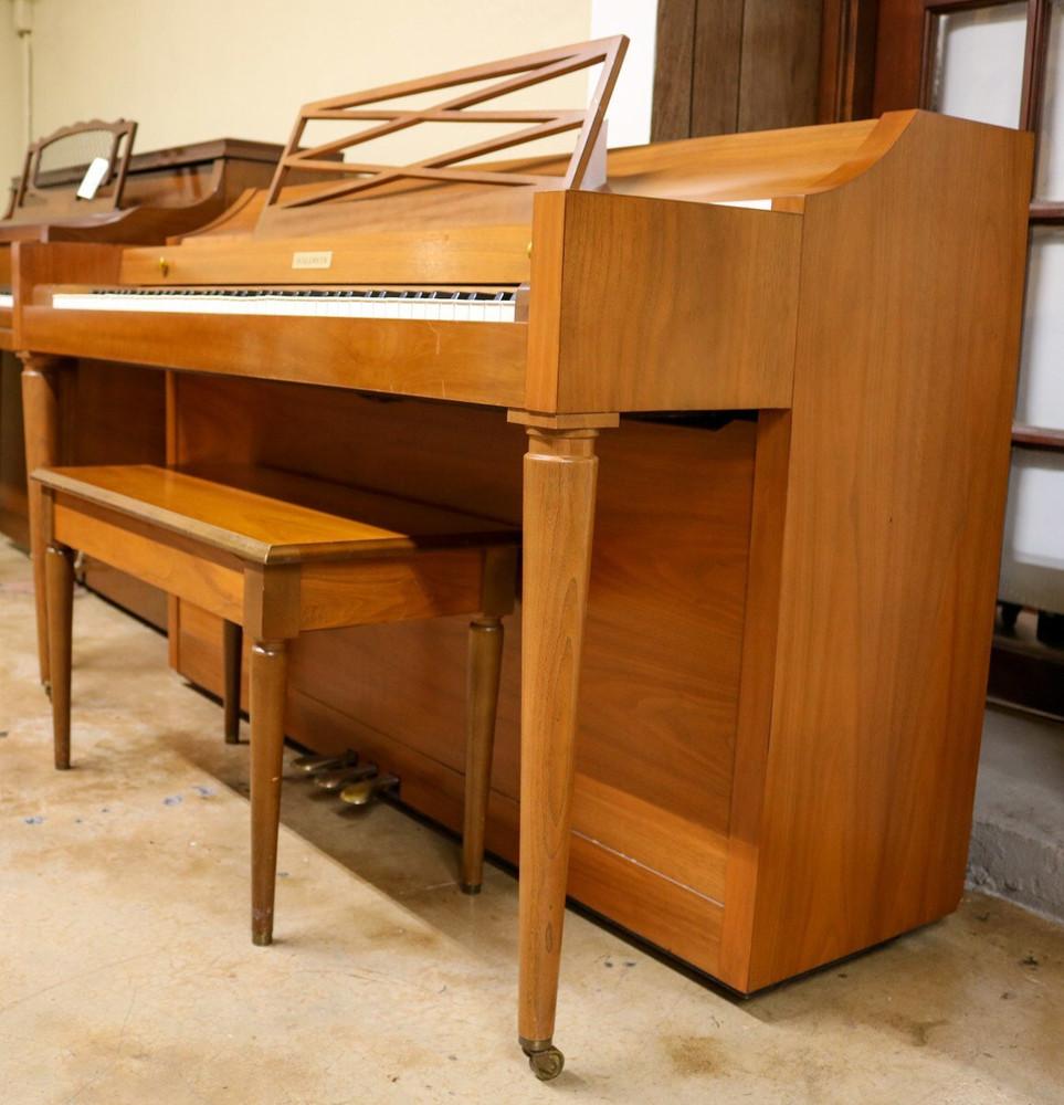 Baldwin Baldwin Spinet Piano Light Oak w/ Bench