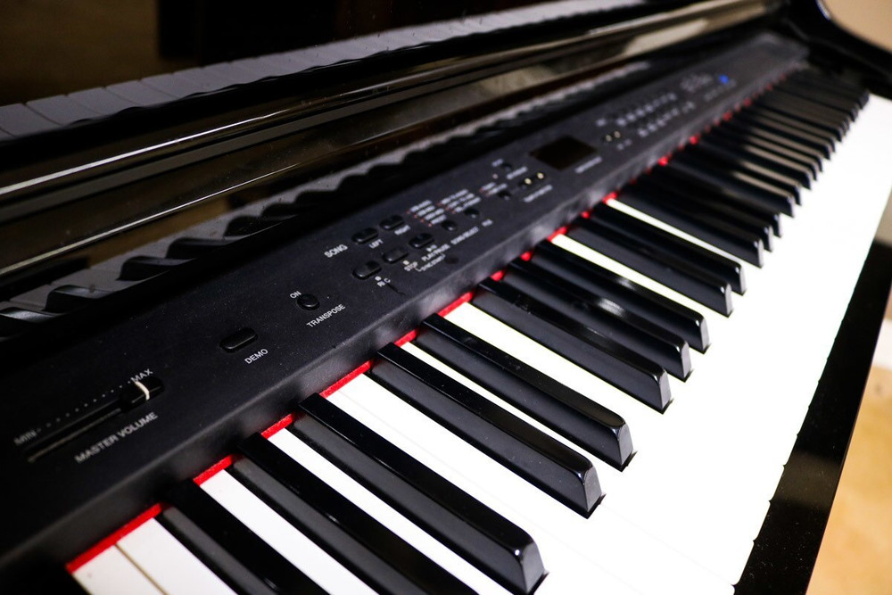 Yamaha Yamaha Clavinova CLP-465GP Digital Piano Polished Ebony