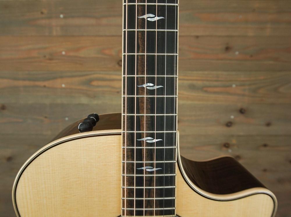 Taylor Guitars Taylor 814ce DLX Grand Auditorium Acoustic-Electric