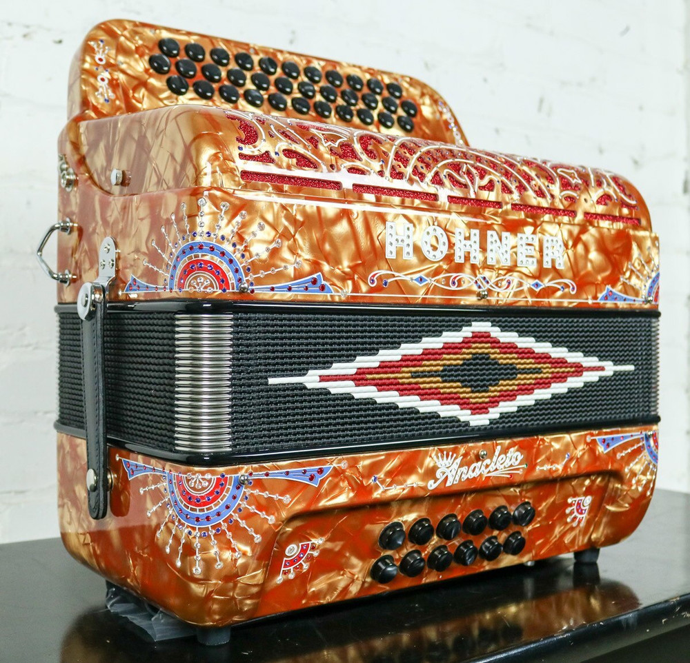 Hohner Used, Mint Hohner Anacleto Rey Del Norte TT FBbEb/GCF Accordion Gold