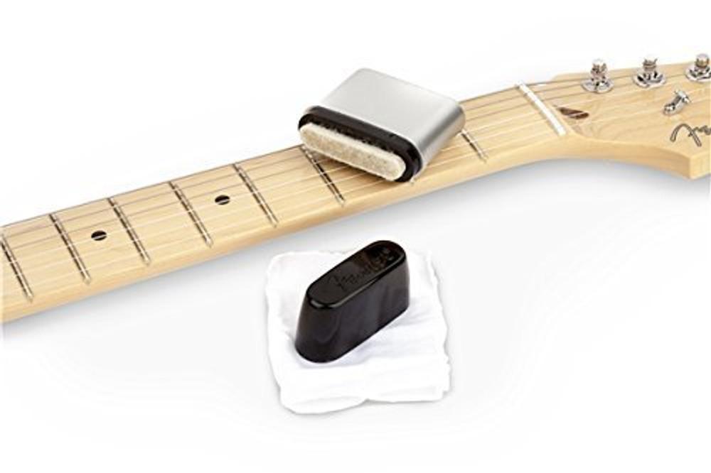 Fender Fender Guitar String Cleaner