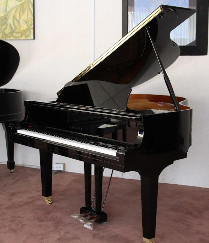 Yamaha Used Yamaha GB1K 5 Classic Collection Grand Piano