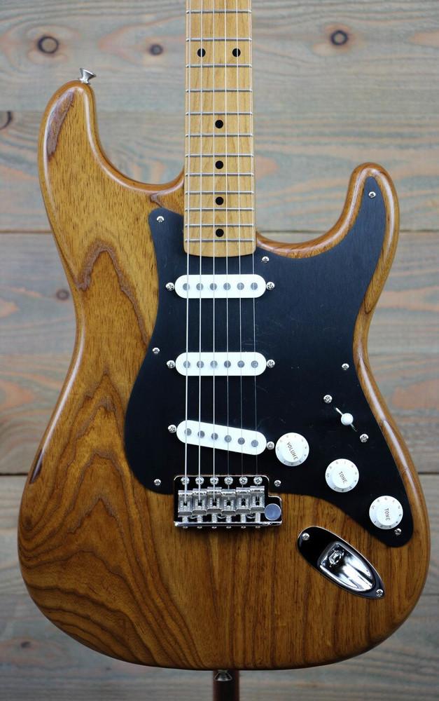 Fender Pre-Owned Fender Limited Edition 56 Stratocaster Roasted Ash Natural