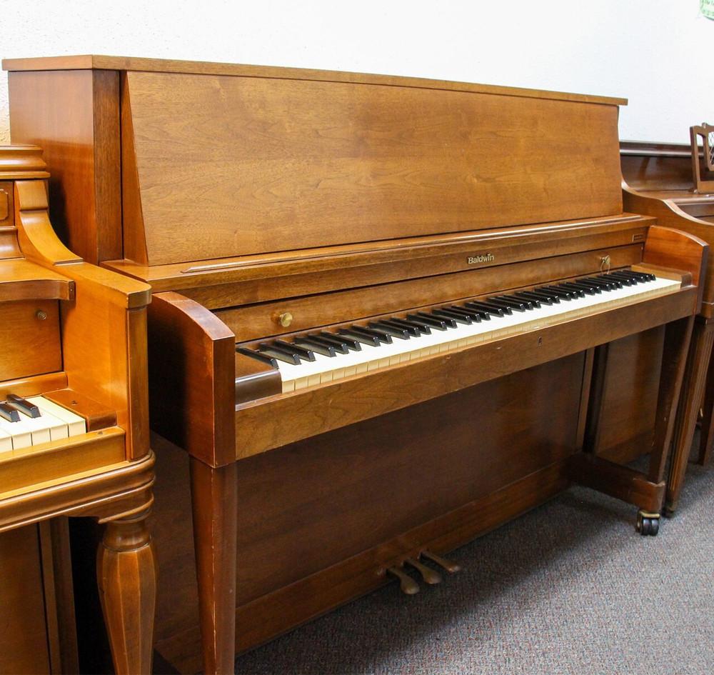 Baldwin Baldwin B243 Studio Upright Piano Walnut